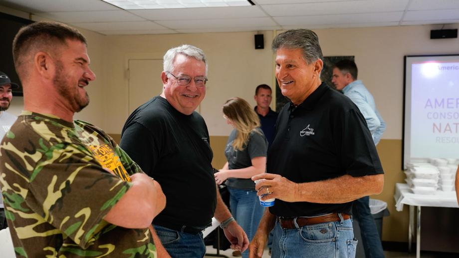 Manchin, Labor Secretary Walsh Tour Ohio County Coal Mine