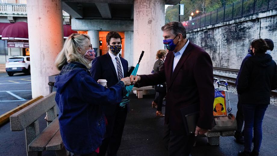 Sen. Manchin Rides Amtrak Train To Montgomery Station Ribbon Cutting