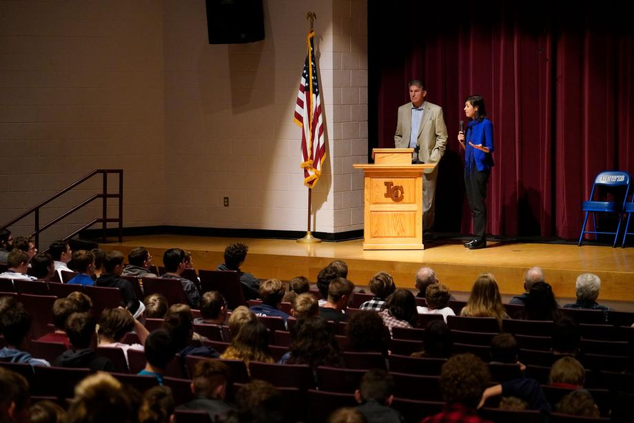 Sen. Manchin and FCC Commissioner Jessica Rosenworcel host a Broadband Mobile Connectivity town hall at Lewis County High School.
